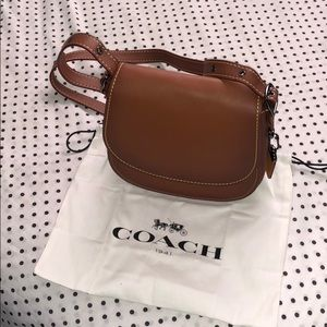 Coach 1941 glovetanned saddle bag 23